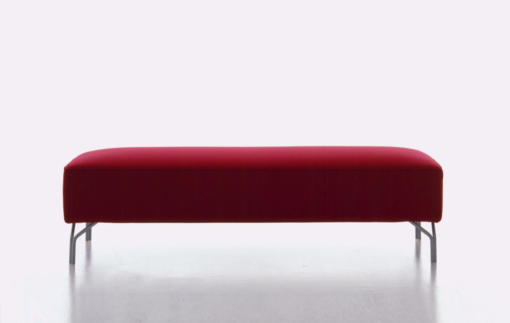 red sofa design