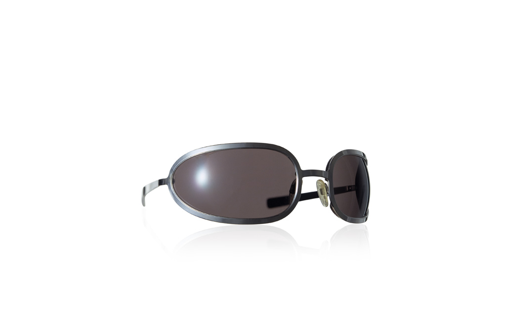 black sunglasses design
